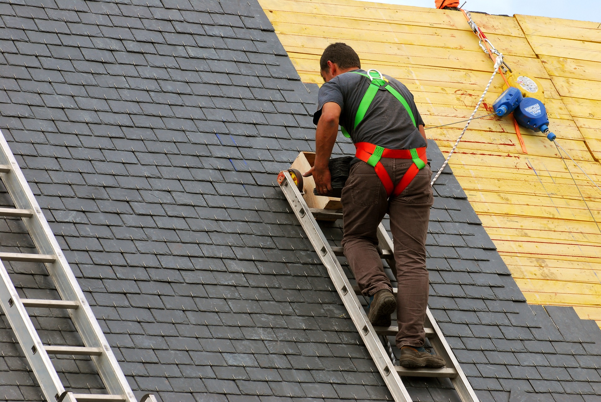 Calling Residential Roofing Contractors – Want Or Hype